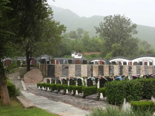 凤凰山陵园-墓区景观